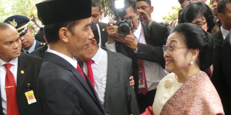 "Tukang Becak: ""Terima kasih Pak Jokowi dan Bu Mega!"""