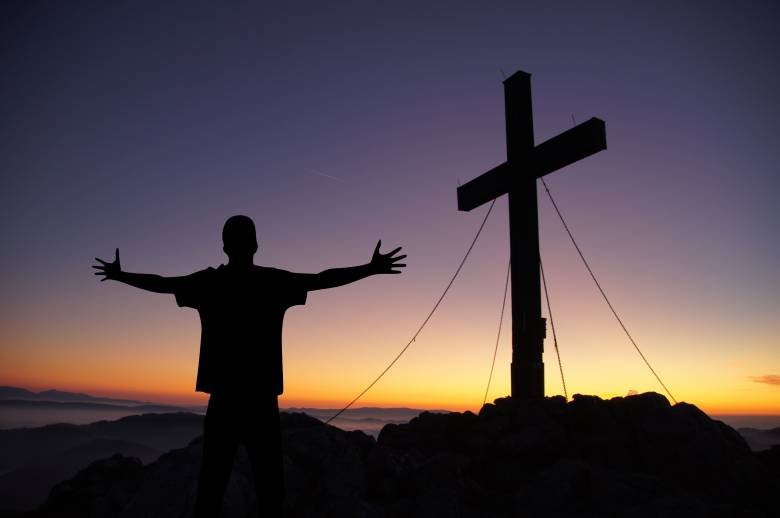Bolehkah Orang Kristen Memberikan Kritik kepada Pendeta?