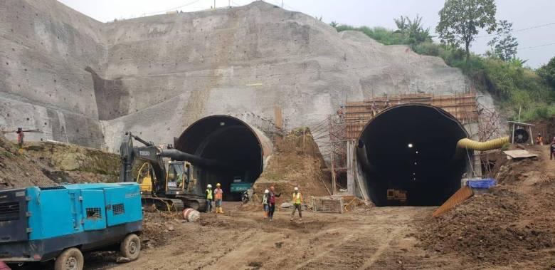 Terowongan Nanjung di Kabupaten Bandung