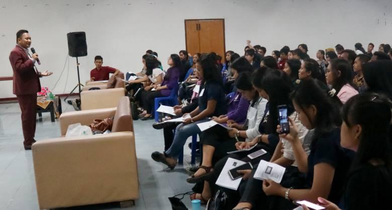 Seminar Terbaik di Indonesia, Ratusan Mahasiswa Terkesan Sangat Antusias!