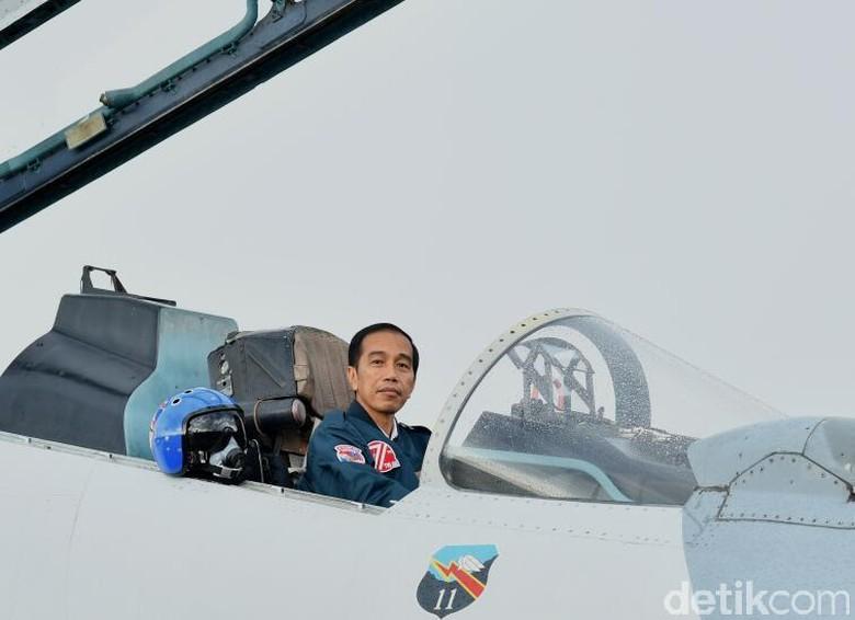 Mengapa Presiden Jokowi Harus Hati-hati Mainkan Diplomasi Luar Negeri?
