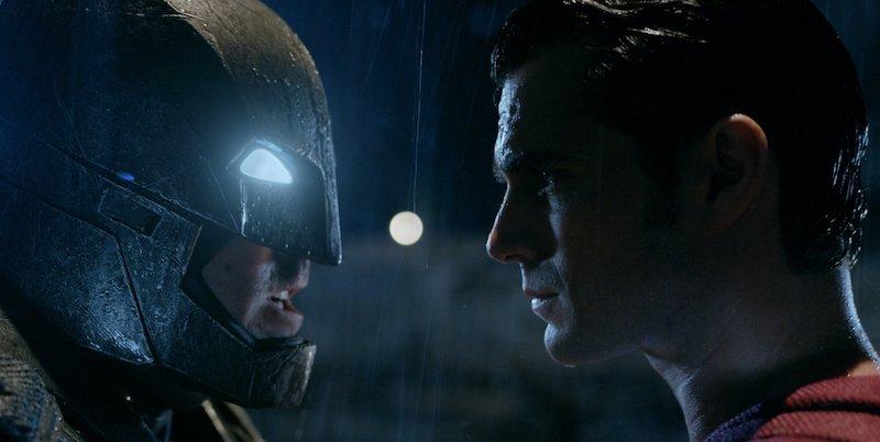 KPK vs DPR [1] Batman vs Superman Ala Indonesia