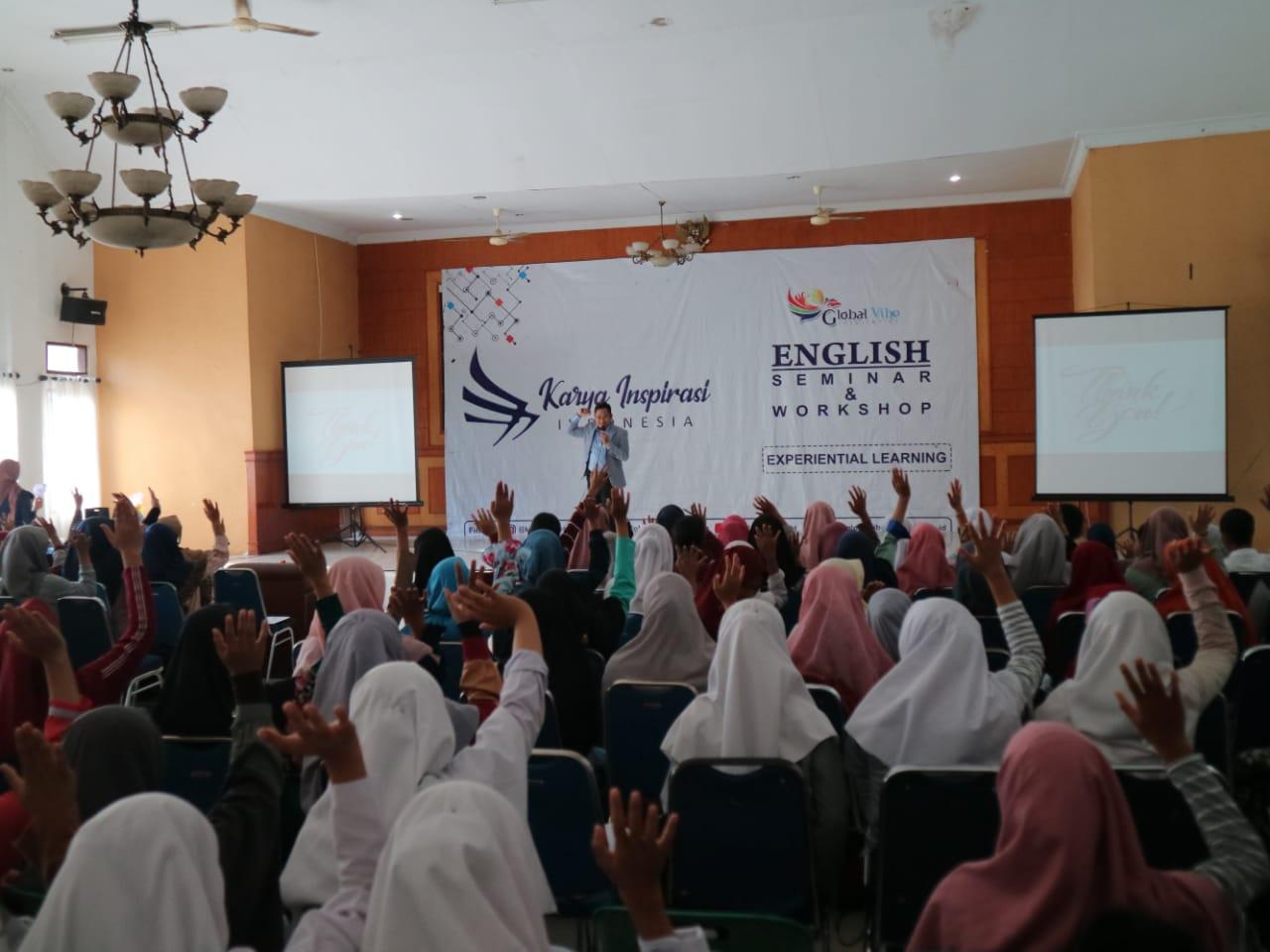 Karya Inspirasi Indonesia Sukses Gelar Seminar Bahasa Inggris di Stabat