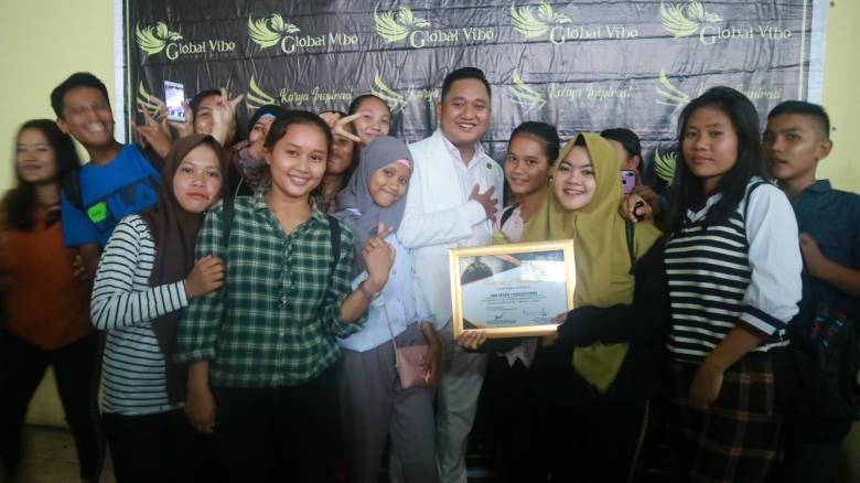 Gelar Seminar Bahasa Inggris, Karya Inspirasi Sukses di Lubuk Pakam