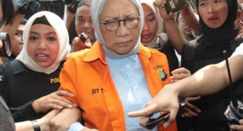 Atiqah Hasiholan: Ibu Saya Bohong, tapi Tidak Menyebarkan!