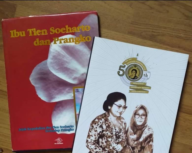 Dua Buku tentang Ibu Tien Soeharto
