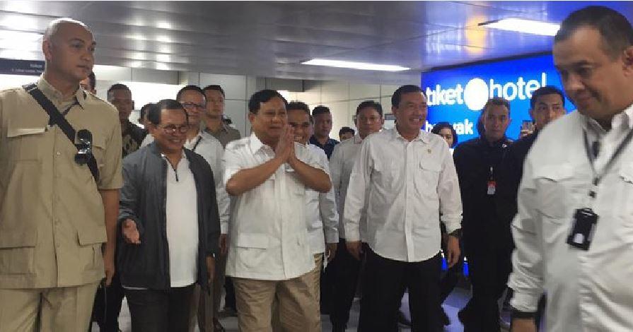 "Manuver Rekonsiliasi, Upaya Jokowi Lepas dari ""Dalang""?"