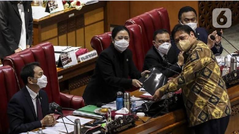 RUU Omnibus Law Bikin Polemik, Presiden Sudah Baca?