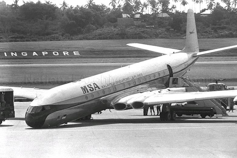 Pacar Lama, Perusahaan Penerbangan MSA Menjadi MAS dan SIA