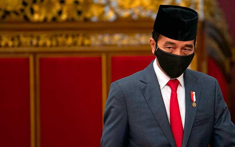 Jokowi Membabat Korupsi Perizinan