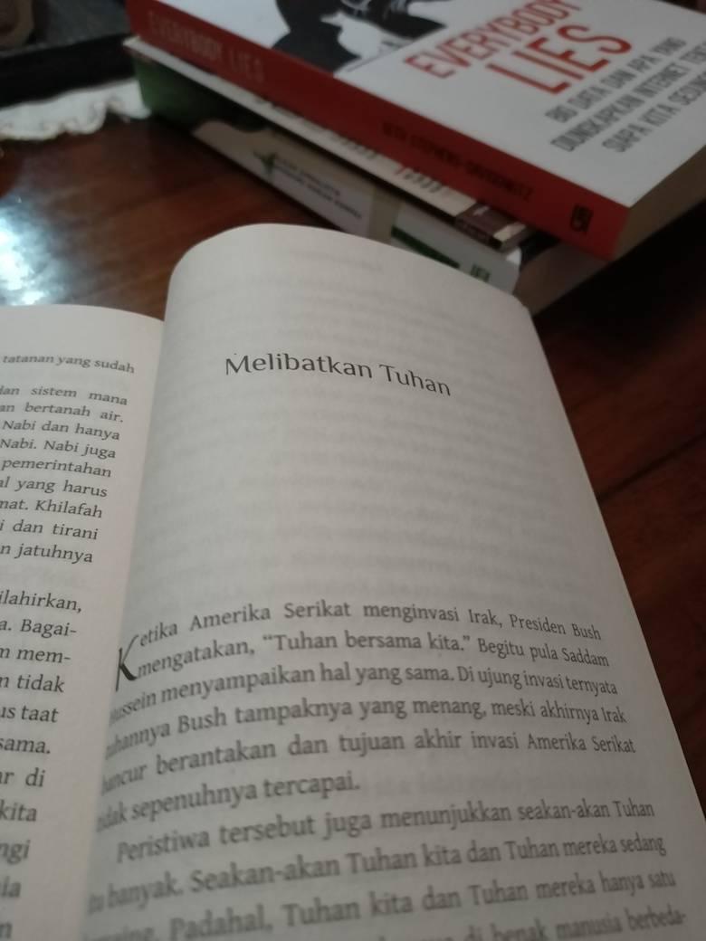 """Buku """"Buat Apa Beragama"""" [1] Menyeret-nyeret Tuhan"""