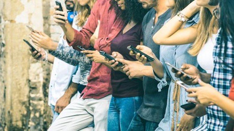 Sekolah Sosial Media Menekan Keberadaan Hoaks