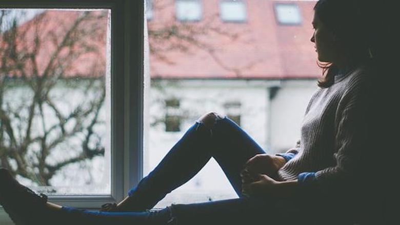 Perempuan Lebih Rentan terhadap Kesepian