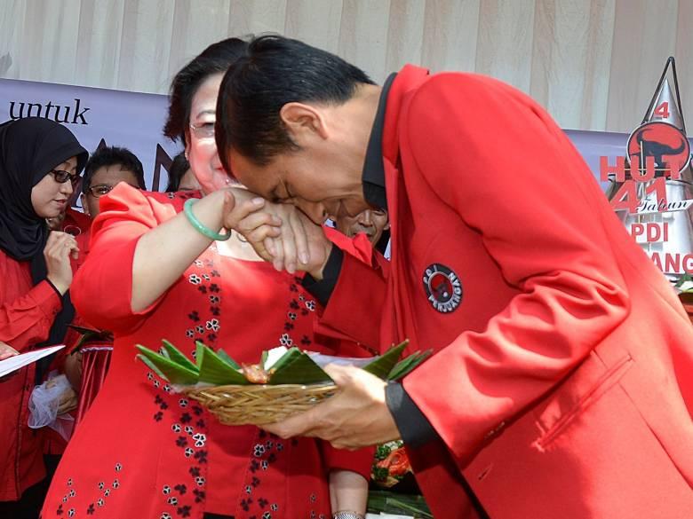 Amandemen, Jurus Jitu Menghancurkan Reputasi Jokowi