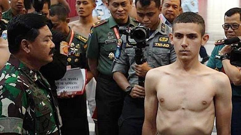TNI di Hari Ini, Tetap Sensitif pada PKI dan Abai pada HTI