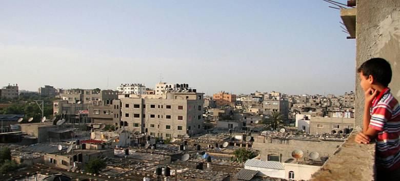 Di Gaza City, Kudengar Lagu Itu