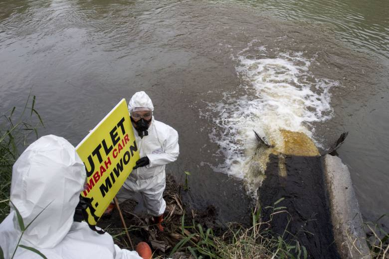 Beberapa Perusahaan Pencemar Kali Surabaya Dilaporkan ECOTON