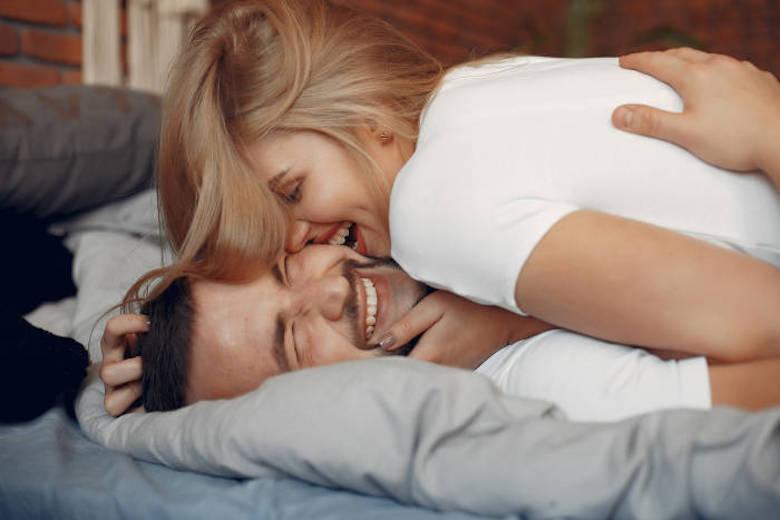 10 Ide yang Dapat Memberi Anda Kehidupan Seks yang Lebih Baik