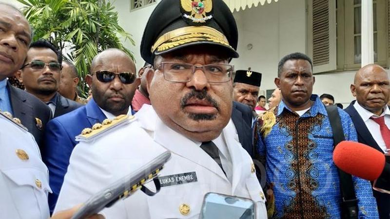 Lukas Enembe Offside! Alarm untuk Jakarta