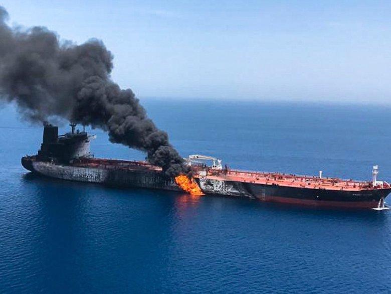 Iran Menjadi Tertuduh atas Sabotase Kapal Tanker di Teluk Oman