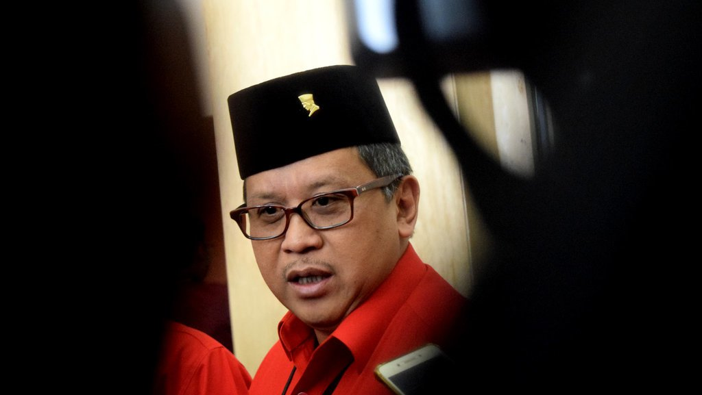 """Hasto Kritiyanto, """"Si kalem """"Tangan Kanan Megawati"""