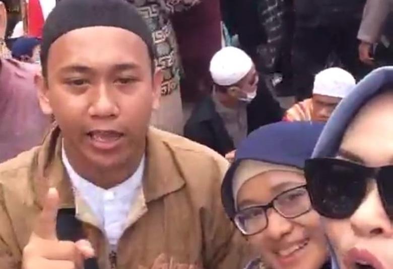Warganet Minta Pengancam Jokowi Dipancung, Lalu Apa Bedanya dengan Dia?