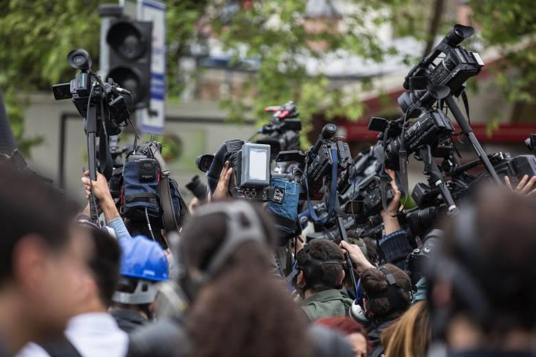 Dengan Datangnya Teknologi 5G, Reporter Koran Jadi Pekerjaan Paling Buruk