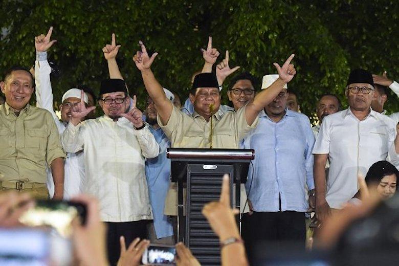 """Dramaturgi """"Deklarasi"""" Kemenangan Prabowo"""
