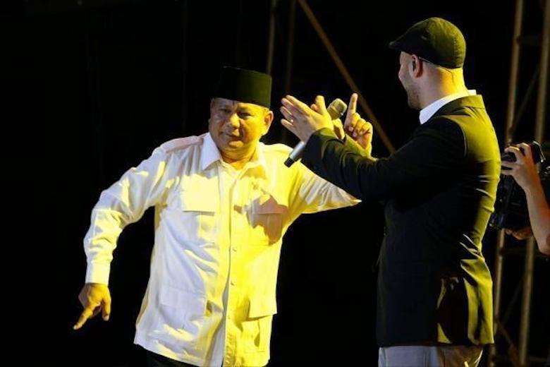 Hasil Survei LSI Bolehkan Prabowo Joget pada Debat Berikutnya