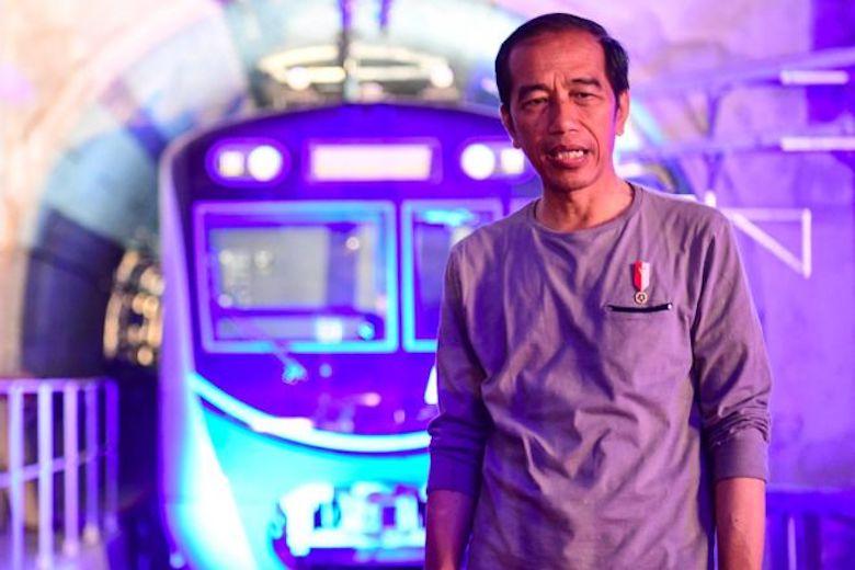 Dalam Diam Pun Jokowi Terus Saja Digugat