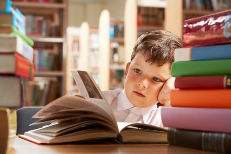 Kultum Tarawih [17] Membaca dan Menulis