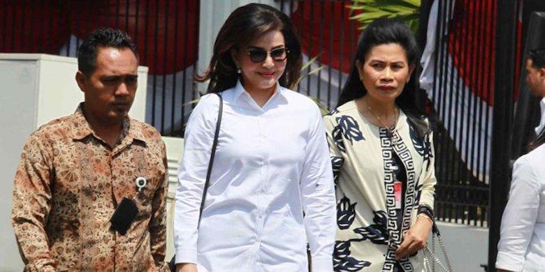 Mati Ketawa Cara Menteri Indonesia