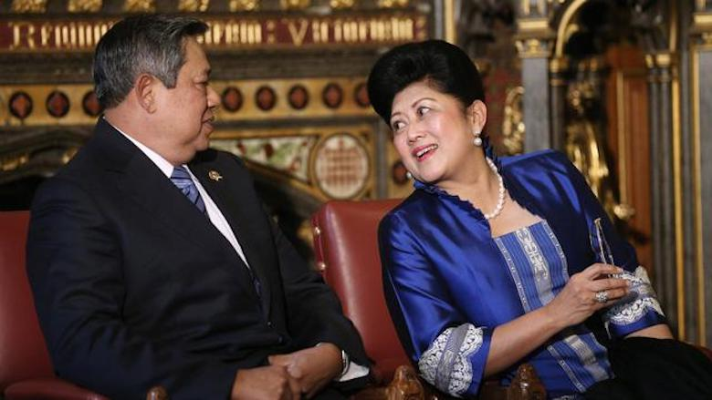 Mengenang Ani Yudhoyono [3] Tegang dan Sunyi, Kisah Sahur Pertama di Istana