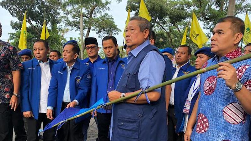 """Robohnya Baliho Kami, Kisah Pilu Perjalanan """"Politik Belas Kasih"""" SBY"""