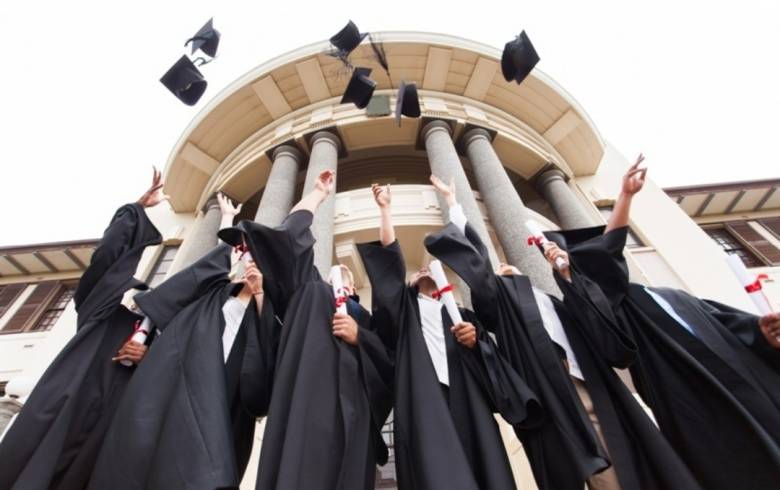 Misteri Kotak Pandora Pendidikan Tinggi: Angka Partisipasi Kasar (APK)