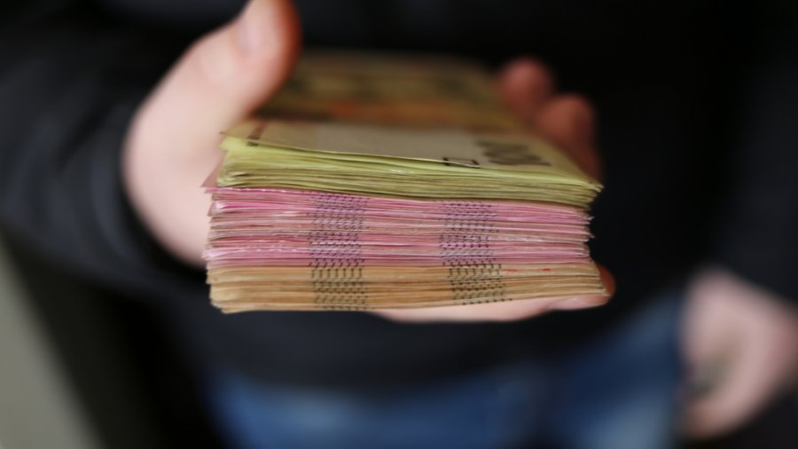 Pemerintah Kongkrit Mendorong Perusahaan Bayar THR