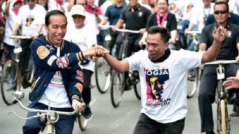 """Jogja Membara: Jokowi """"Isyaratkan"""" Melawan, Sultan """"Kunci"""" Restu!"""
