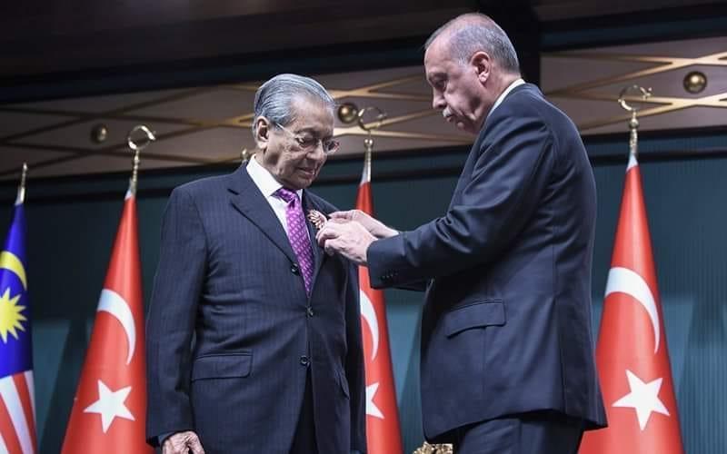 Turki-Malaysia-Pakistan: Harapan Baru Dunia Islam
