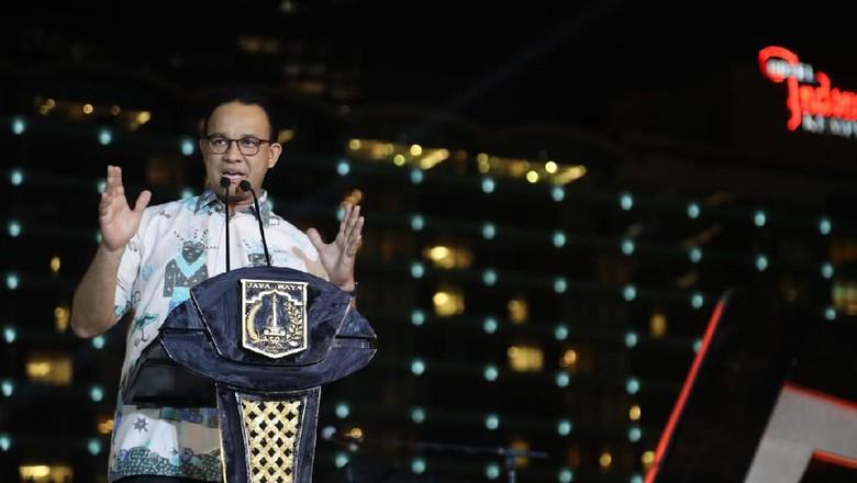 Jungkir Balik di Jakarta