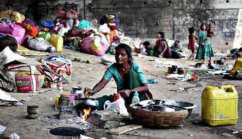 Mengapa Negara yang Terobsesi pada Agama Cenderung Miskin dan Terbelakang?