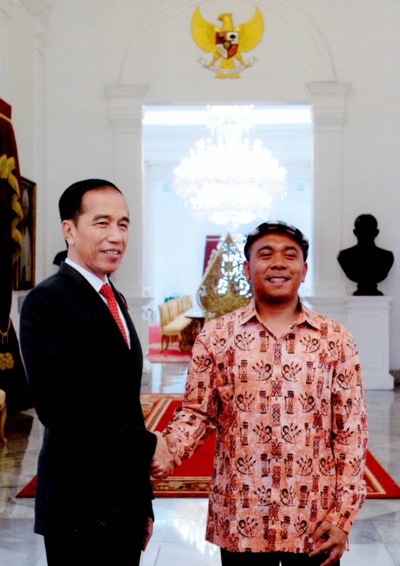 Stafsus Billy Mambrasar: Pak Jokowi Akan Terus Membangun Papua Dengan Sepenuh Hati
