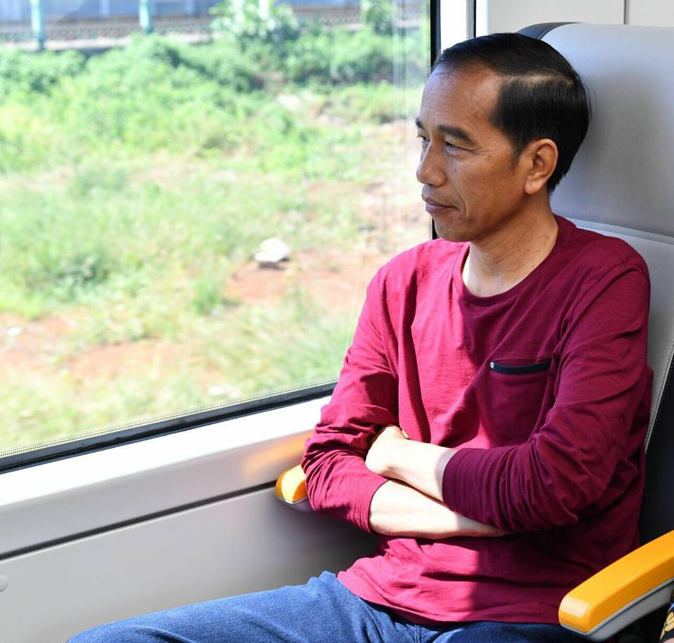 Masih Efektifkah Strategi Pencitraan Joko Widodo?