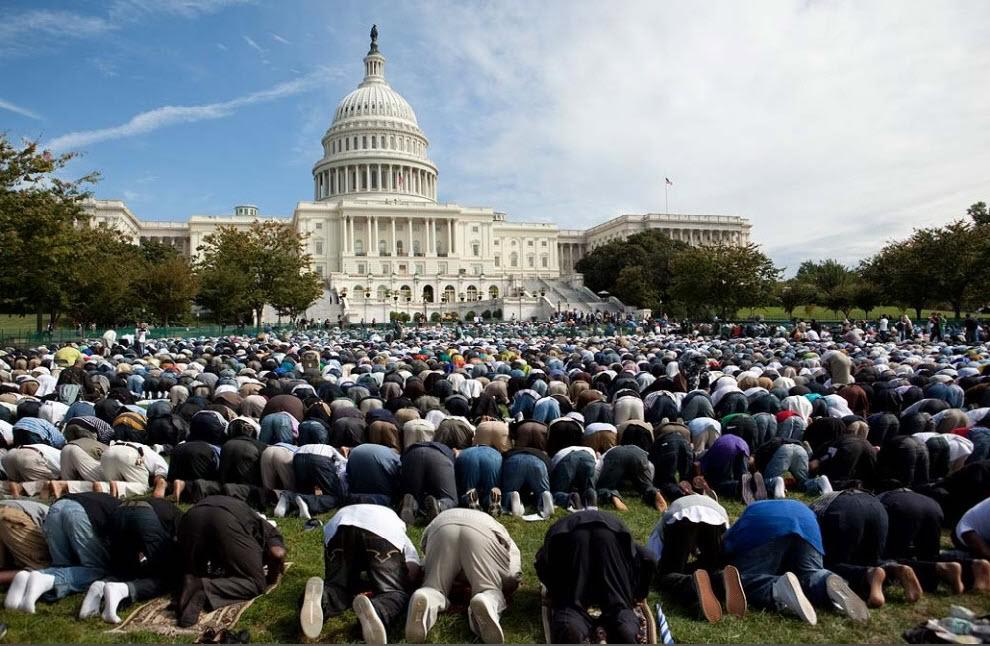 """Today I'm Moslem Too"", Kisah Imam Besar Masjid New York"