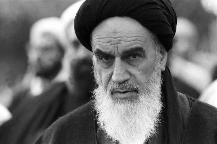 "Revolusi Islam Iran Yang Bangkitkan ""Ghirah"" Islam di Indonesia"