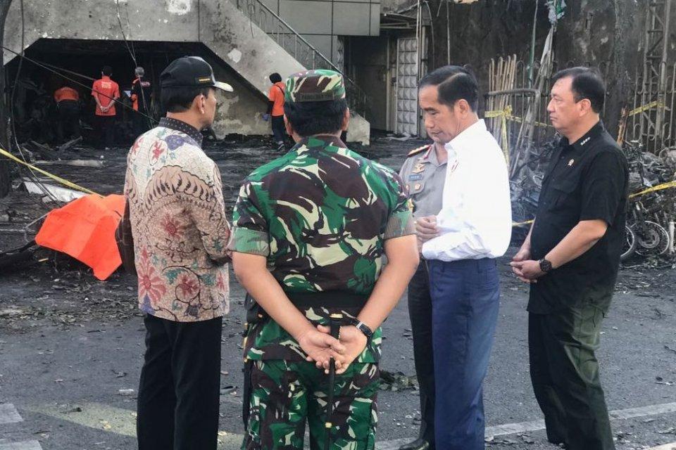 Benarkah Kunjungan Presiden ke Surabaya Bikin Teroris Bersemangat?