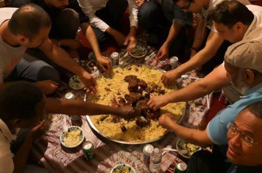 Syukuran Arab di Hays, Kansas, Kambing dan Nasi  Briani