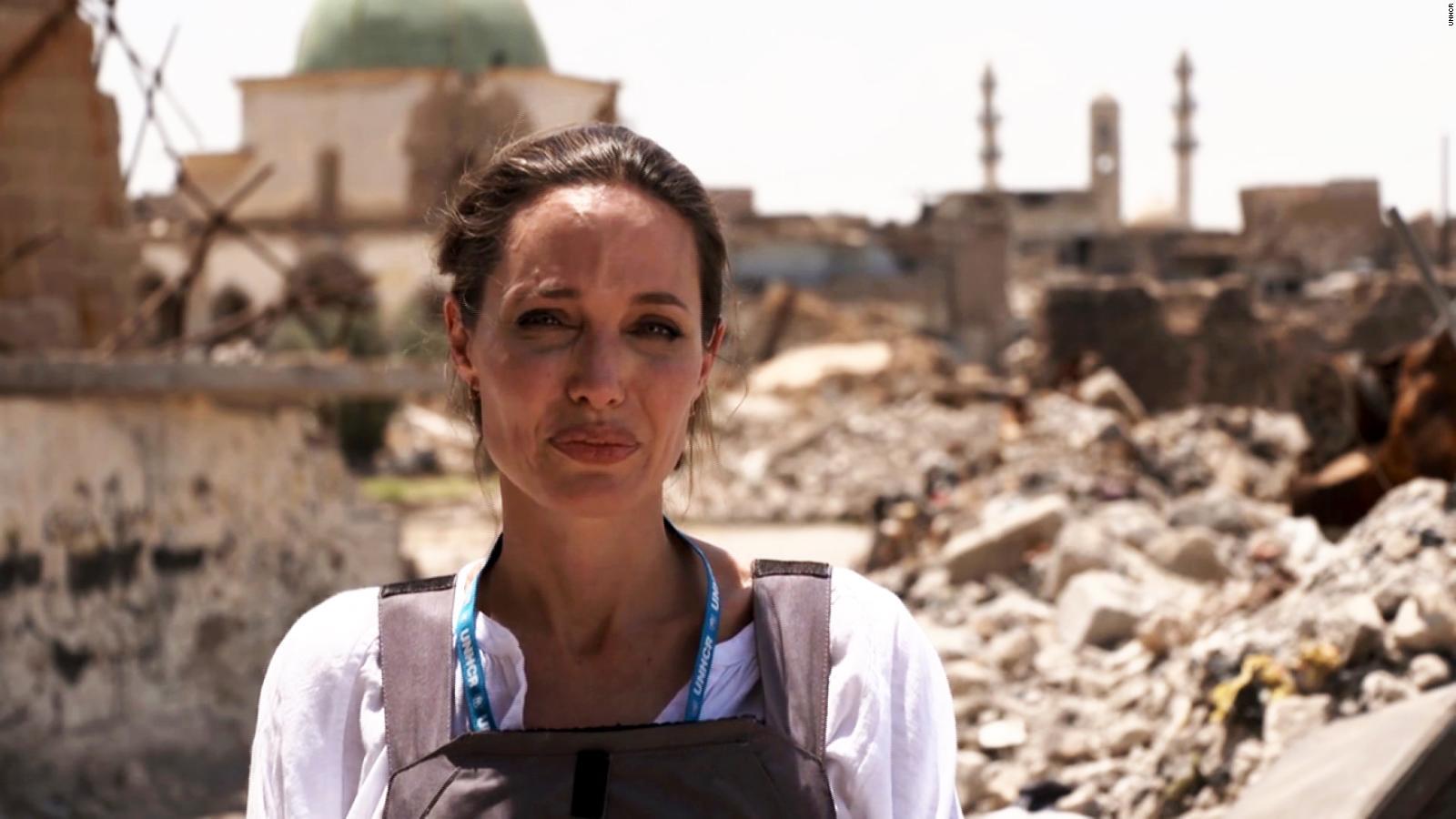 """Arti di Balik Kunjungan """"Si Cantik"""" Angelina ke Mosul, Irak"""