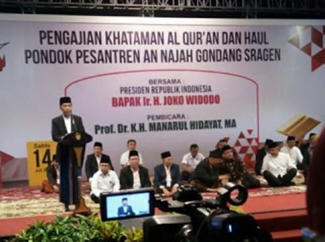 """""""Burung dan Sangkar"""", Komunikasi Kyai dengan Jokowi"""
