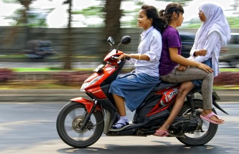 Antisipatif (2): Pengendara Mobil yang Selalu Dianggap Salah
