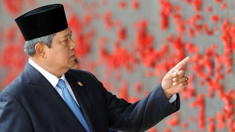 Susilo Bambang Yudhoyono, Politik Tiga Kaki dan Koalisi Setengah Hati